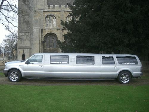 Chauffeur stretched Jeep 4x4 limo 16 seater in East of England, Peterborough, Huntingdon, Stanford, King's Lynn, Norwich, Great Yarmouth, Lowestoft, Wisbech, Spalding, Cambridge, Cambridgeshire, Bedford, Bedfordshire, Newmarket, Bury St Edmunds, Suffolk, Norfolk, Lincolnshire, Northampton, Northamptonshire, Kettering, Leicester and Sudbury.