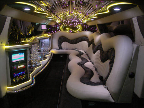 Chauffeur stretch Chrysler C300 Baby Bentley limousine hire interior in Bradford, Leeds, Huddersfield, York, Sheffield, Rotherham, West Yorkshire, South Yorkshire.