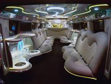 Chauffeur stretched Hummer H2 limousine hire in Sheffield, Rotherham, Doncaster, Chesterfield, South Yorkshire